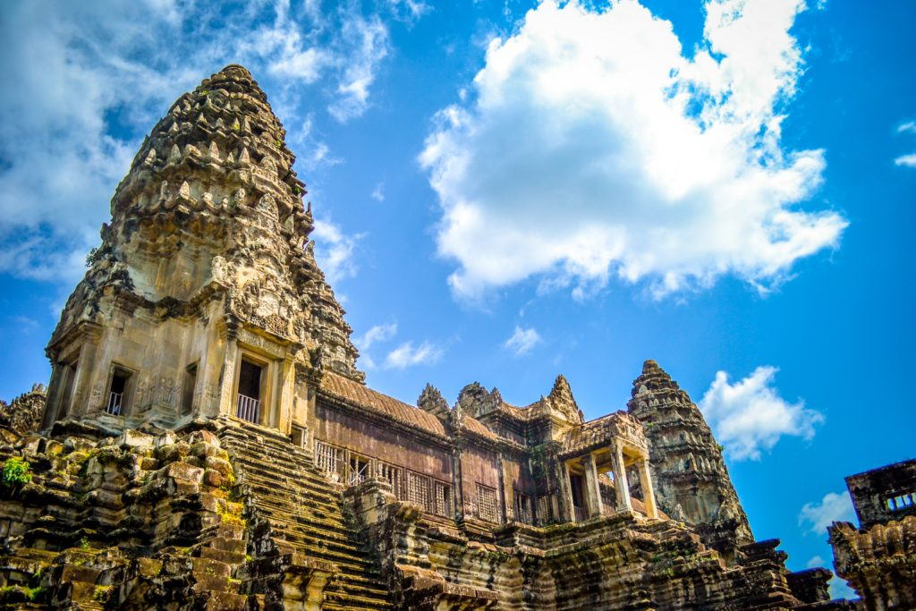 カンボジアで銀行口座と証券口座を開くには|決定版!!